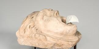 David Bestué, Mascaró d'una font (segle III dC), 2014. Imatge: Museu Nacional d'Art de Catalunya [Cfr. https://www.flickr.com/photos/73401757@N05/14370786279/]. Sota llicència CC BY-NC-SA 2.0.