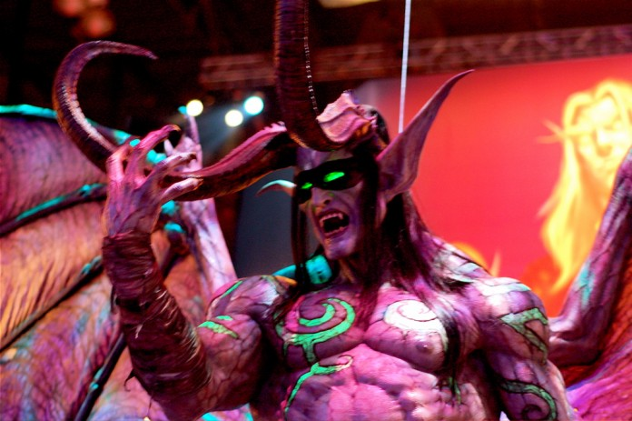 Warcraft Statue / Rob Fahey