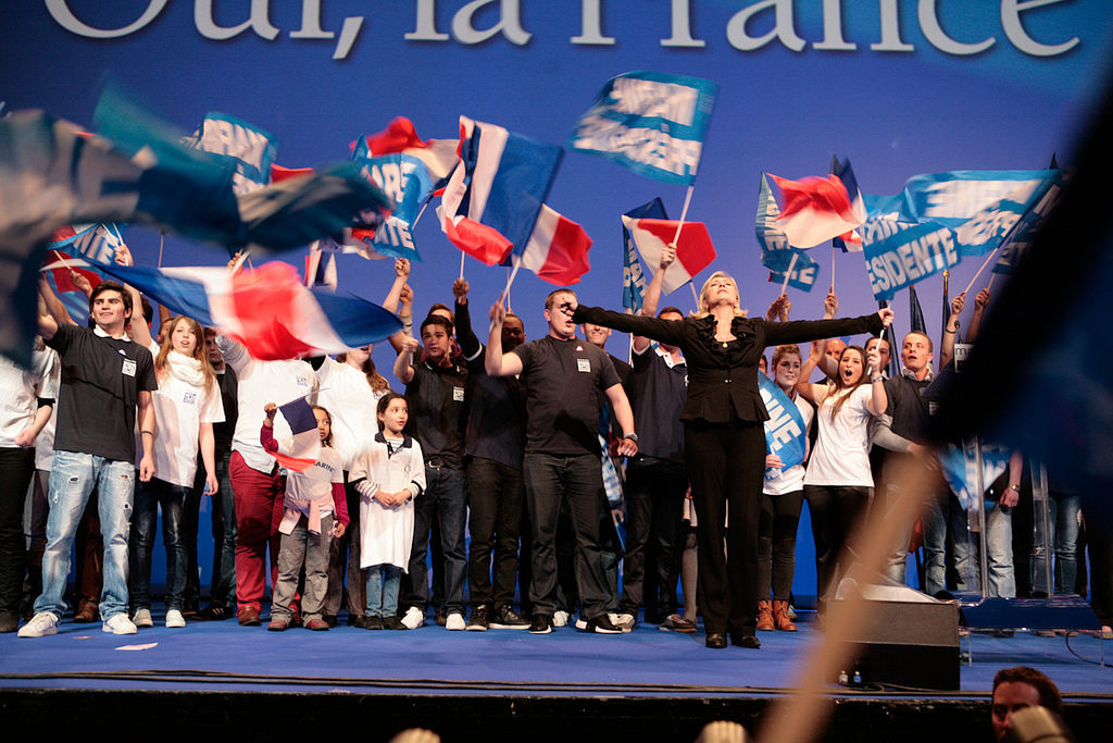 Marine Le Pen en grand meeting présidentiel au Zénith de Paris / Marine Le Pen