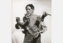 Philippe Halsman. El versátil Jean Cocteau, 1949. Archivo de Philippe Halsman. ©Philippe Halsman Archive / Magnum Photos