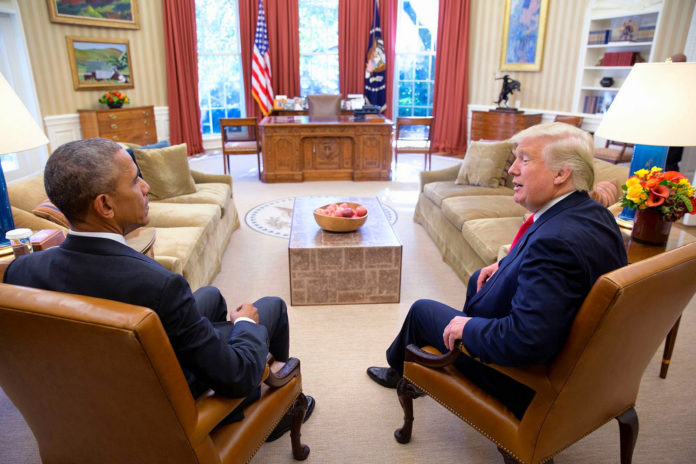 Obama i Trump, cara a cara / Karl-Ludwig G. Poggemann