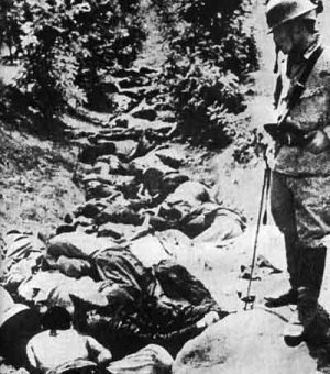 Soochow,Xina 1938. Una rasa plena de xinesos civils assassinats per soldats japonesos. Font: Viquipèdia