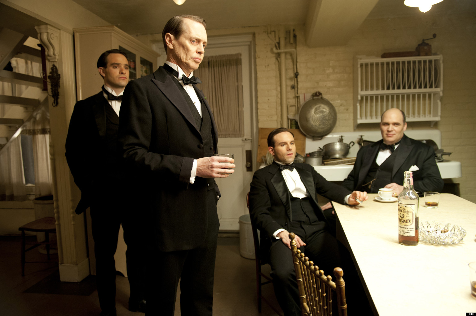 o-BOARDWALK-EMPIRE-RENEWED-SEASON-4-facebook