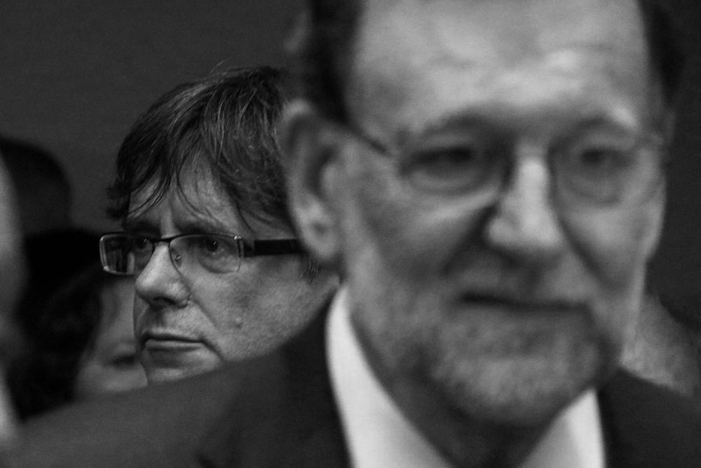Carles Puigdemont i Mariano Rajoy, al Museu Serraves de Porto, durant la inauguració de l'exposició de Miró / Garrido