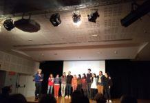 El format de tres minuts ajuda a que el públic estigui més atent i concentrat en el poema