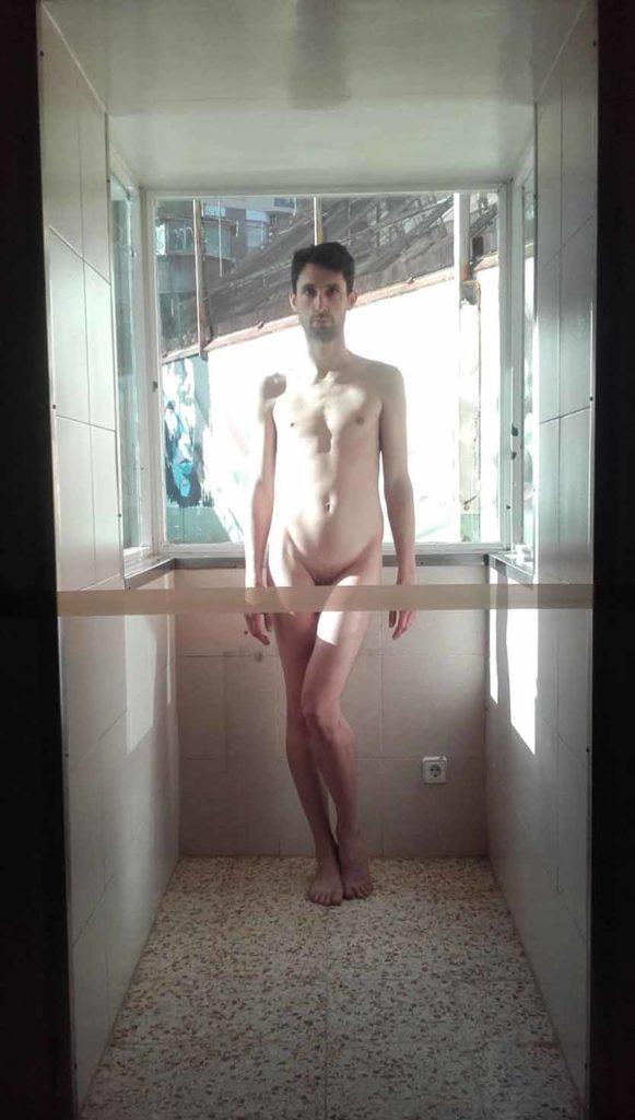 Adrian Pino a la Model