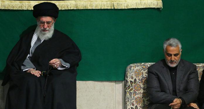 L'aiatolà Sayyed Ali Khamenei amb Qasem Soleimani