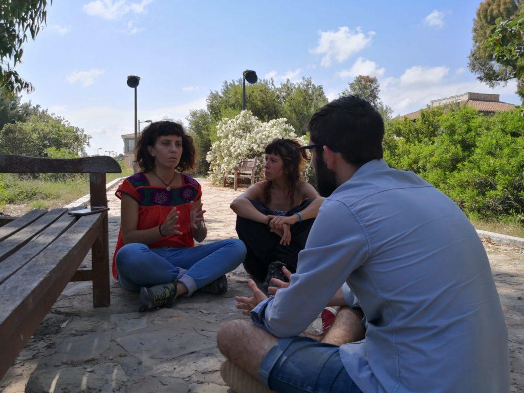 Xarrem amb representants de NO A LA ZAL- SALVEM L'HORTA//José Hortelano