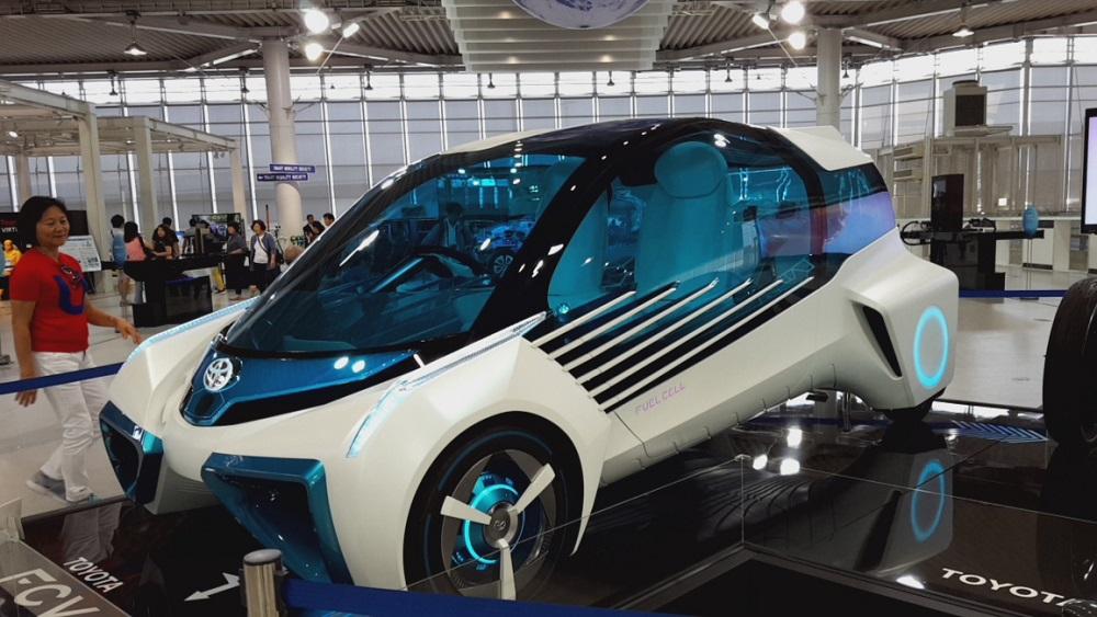 Cotxe futurista de Toyota