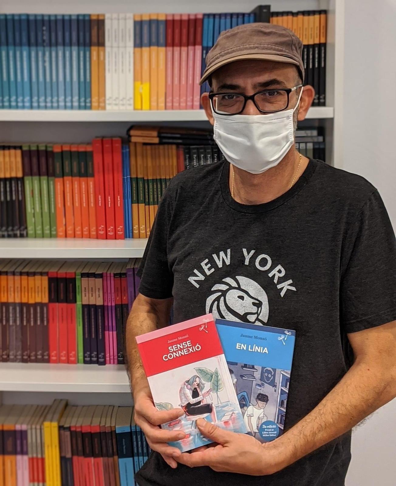 Fotografia original de l'entrevista de Jaume Monzó al setmanari El Temps https://www.eltemps.cat/article/11898/entrevista-jaume-monzo
