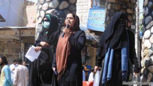 Malalai Joya en un acte de denúncia. Font: Reuters.